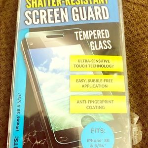 🆕 Tempered Glass iphone SE & 5/5s*